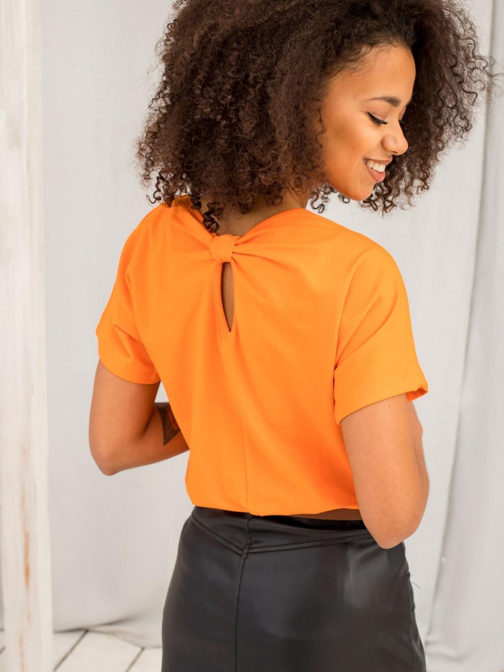 Pomarańczowy t-shirt z wycięciem na plecach Sofie 1