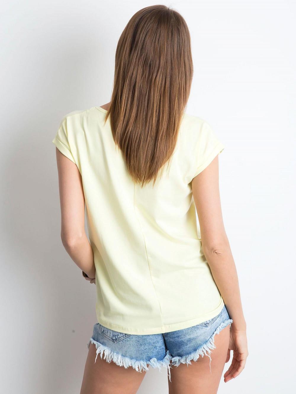Jasnożółty t-shirt z dekoltem w serek Secret 3