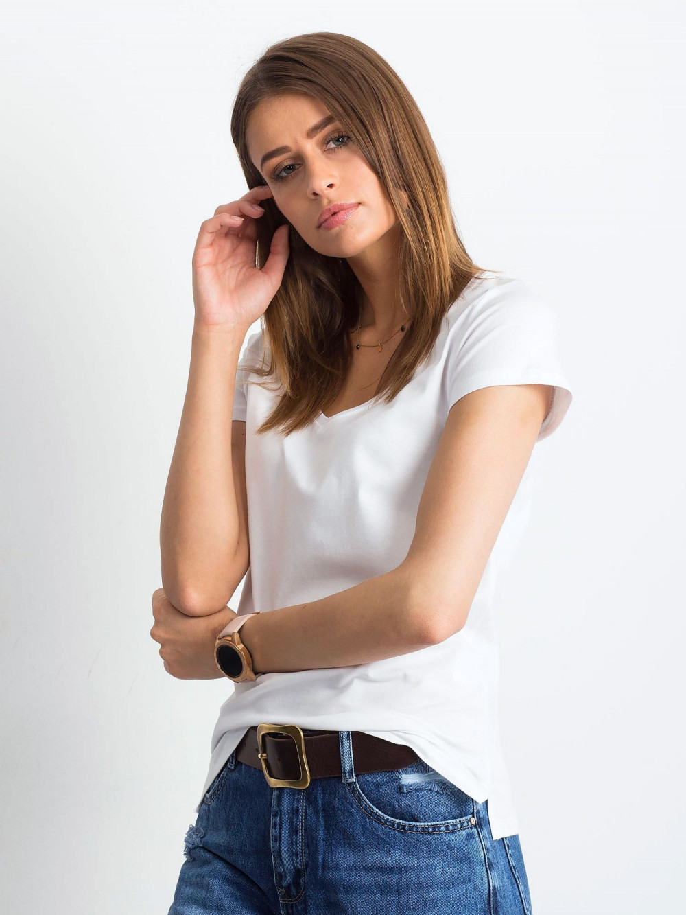 Biały t-shirt z dekoltem V-Neck Amy 2