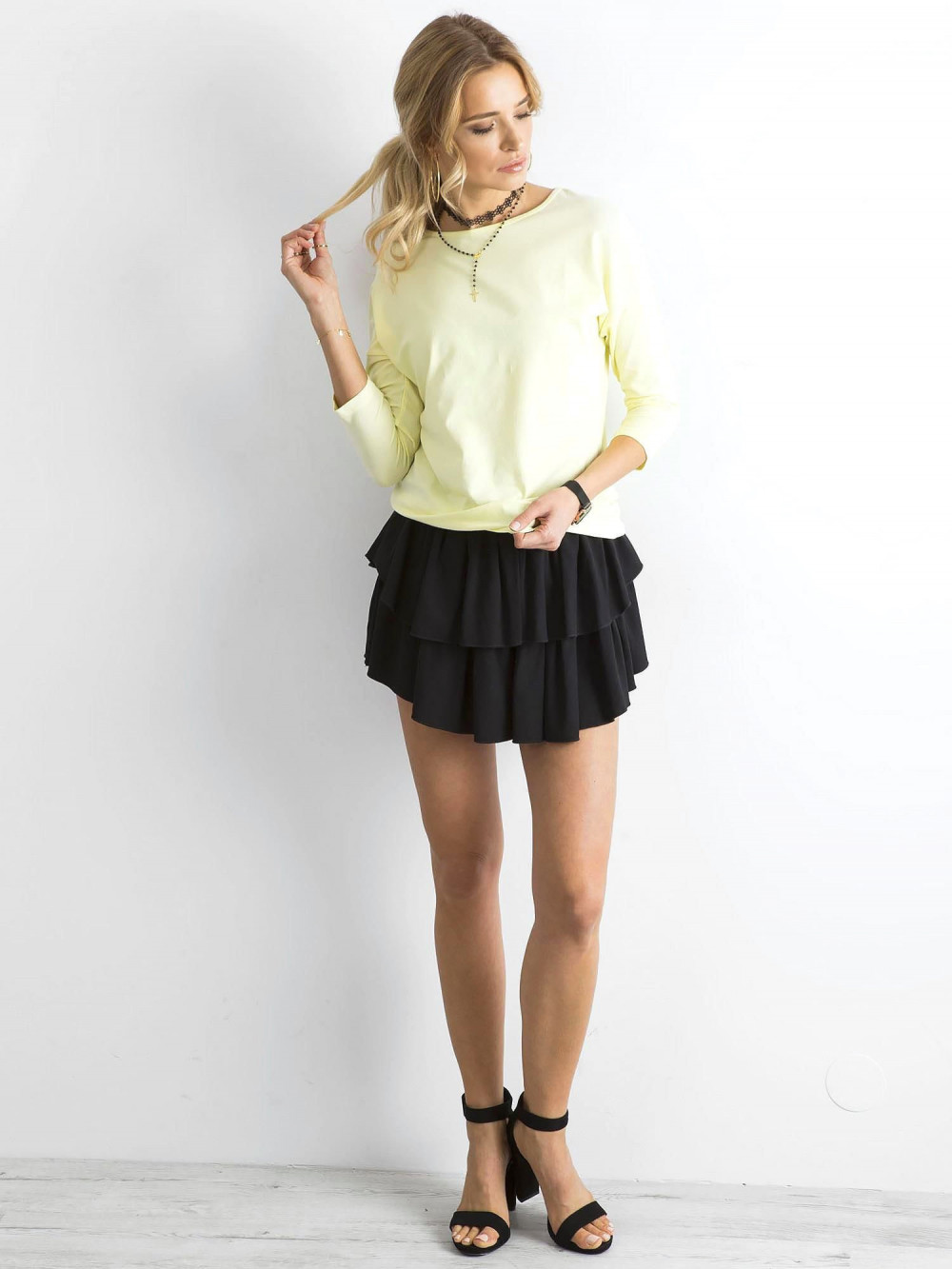 Jasnożółta gładka bluzka Summer 4