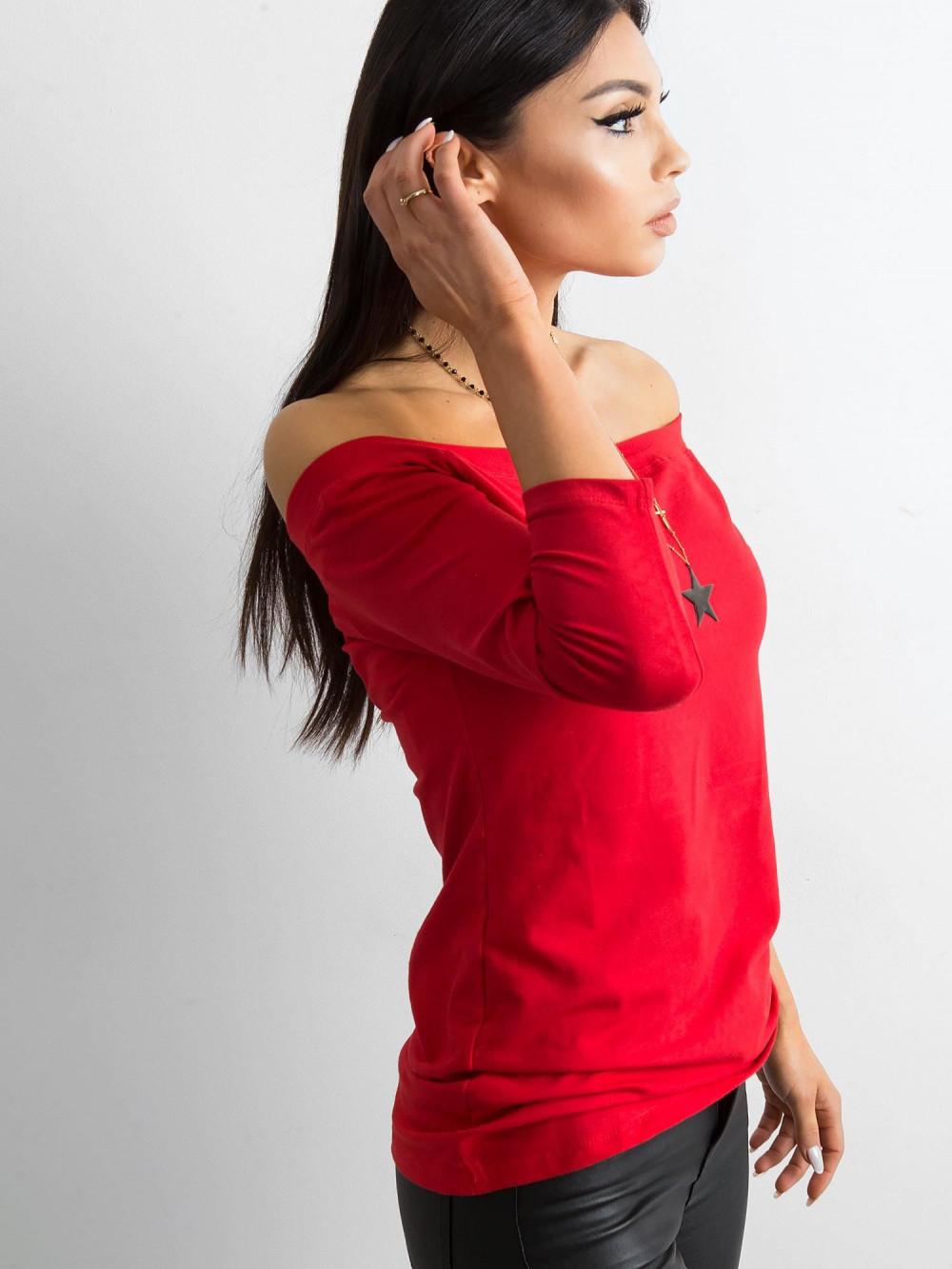 Czerwona bluzka off-shoulder Vienne 2
