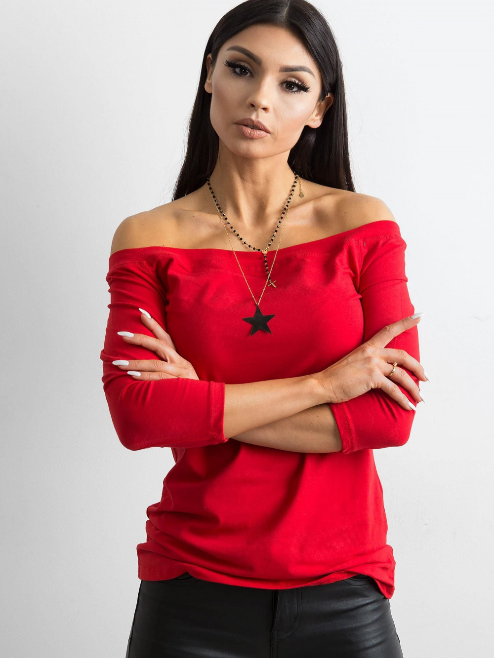 Czerwona bluzka off-shoulder Vienne 1