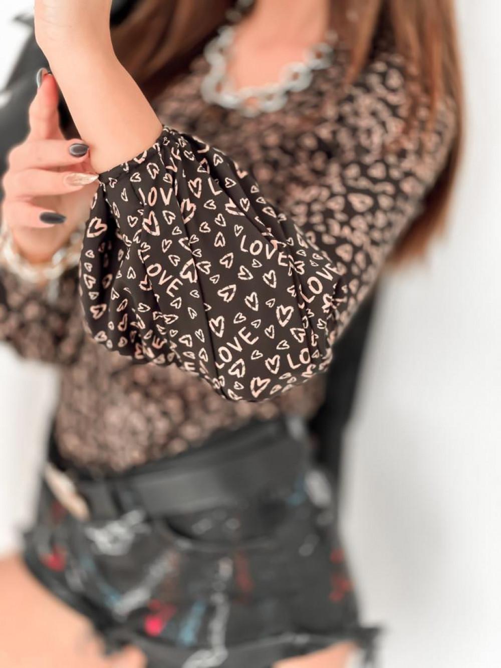Czarna bluzka w serca z bufiastymi rękawami Pisces 6