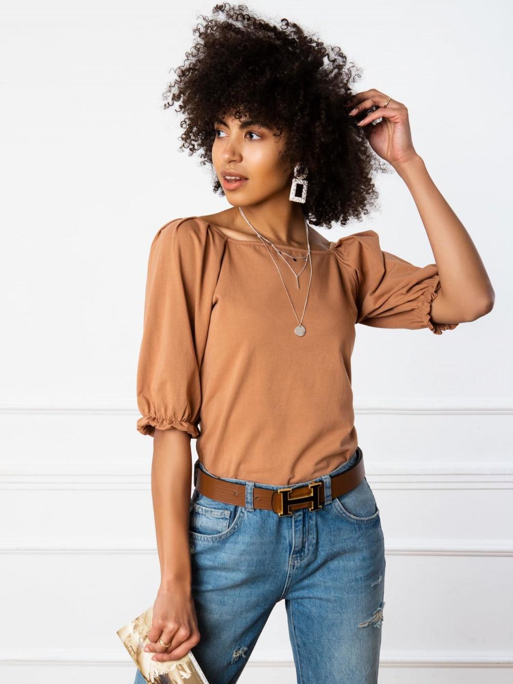 Karmelowa bluzka z bufiastymi rękawami Gavlyn 2