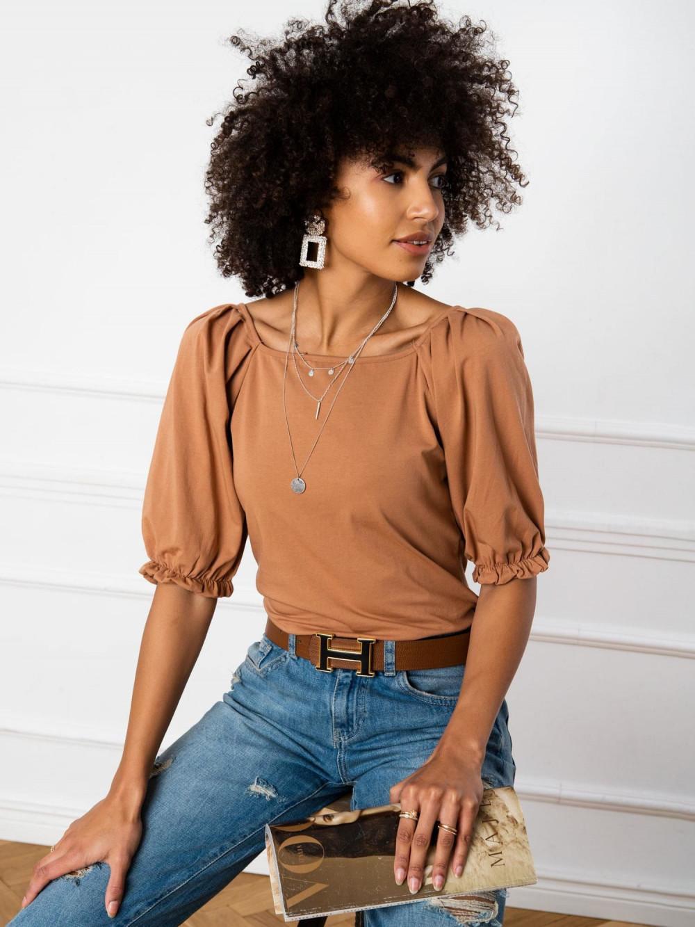Karmelowa bluzka z bufiastymi rękawami Gavlyn 1