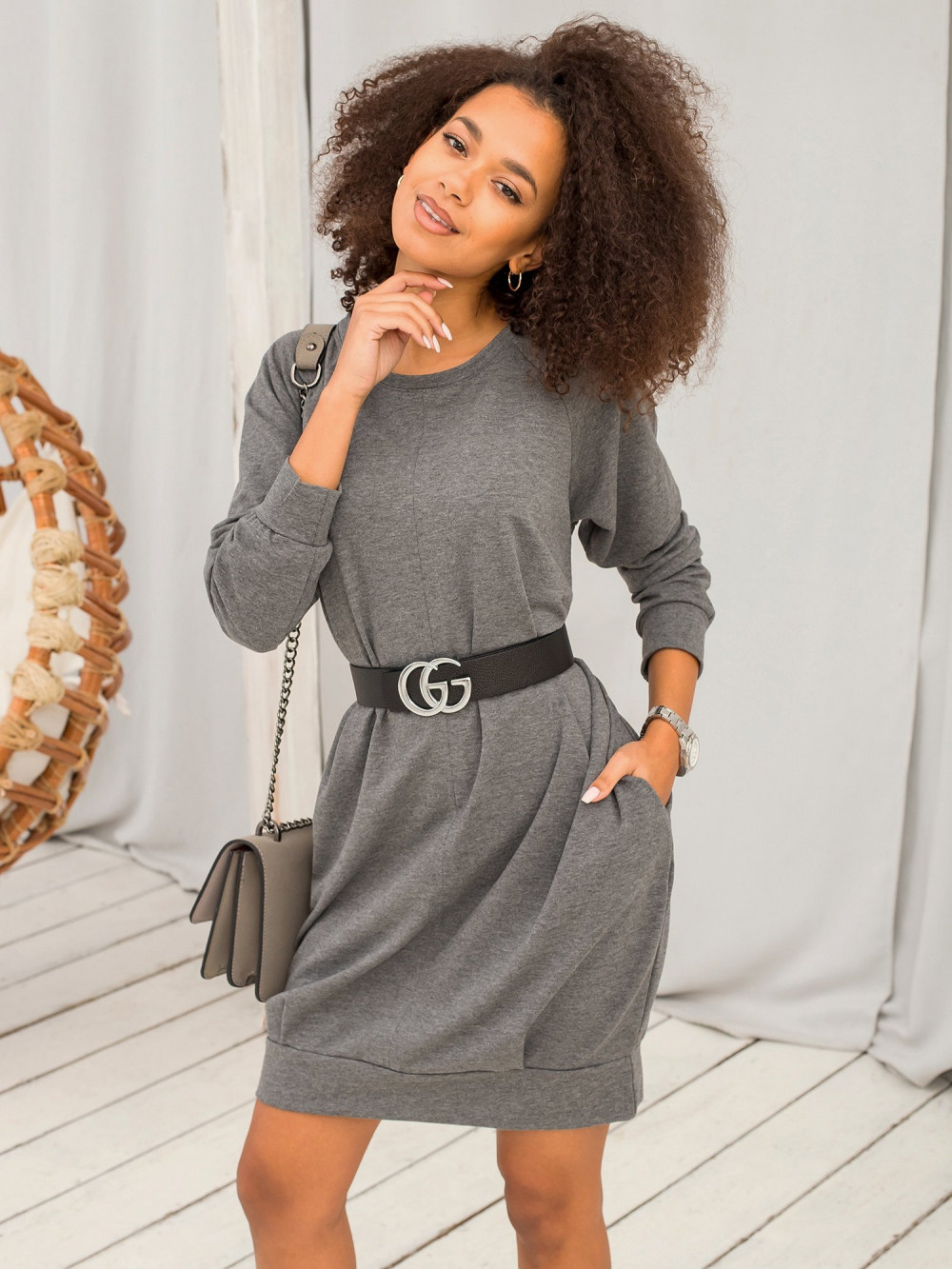 Ciemnoszara melanżowa sukienka bluza z kieszeniami Glove 1