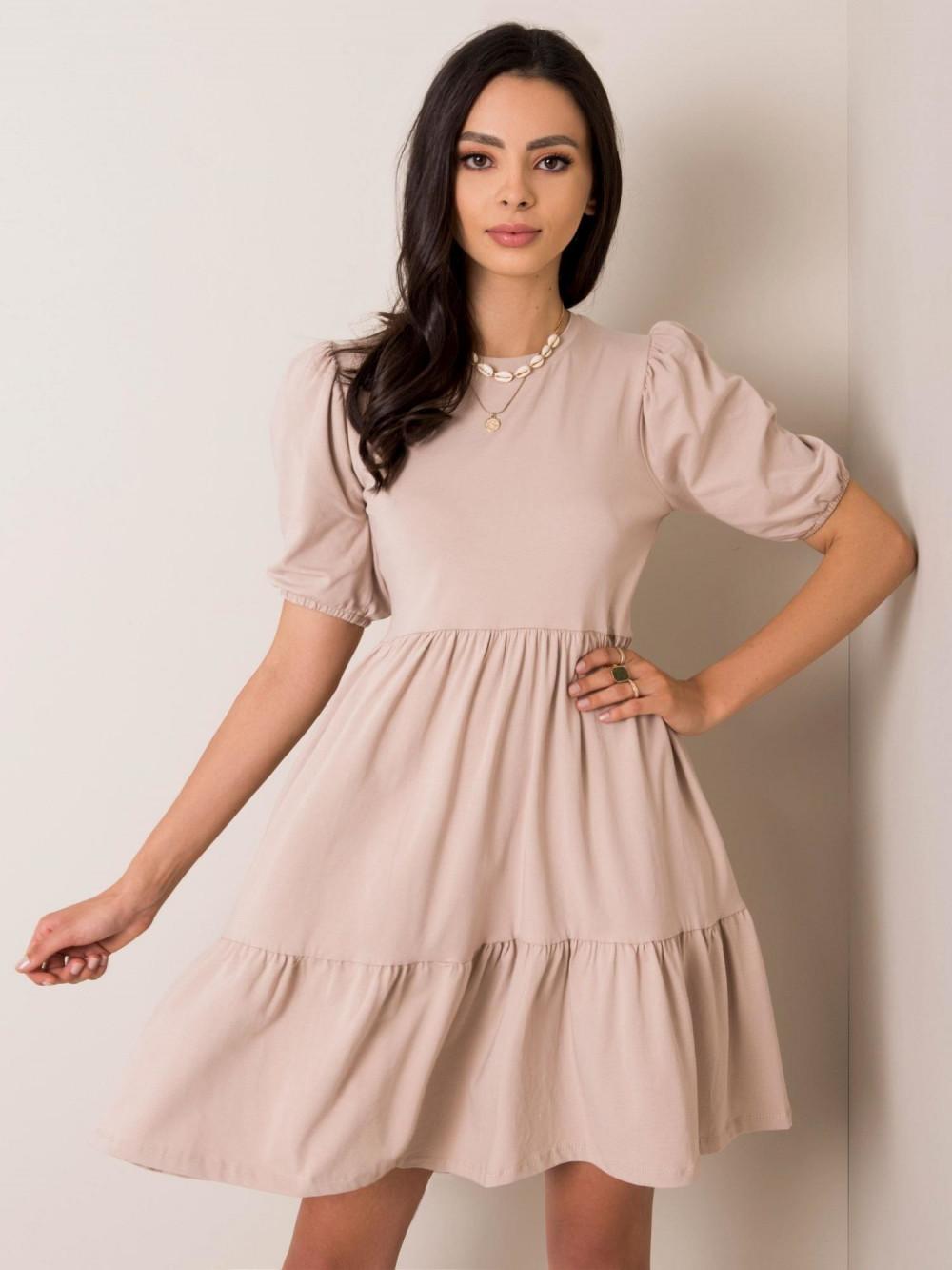 Beżowa sukienka rozkloszowana z falbankami Angeles 1