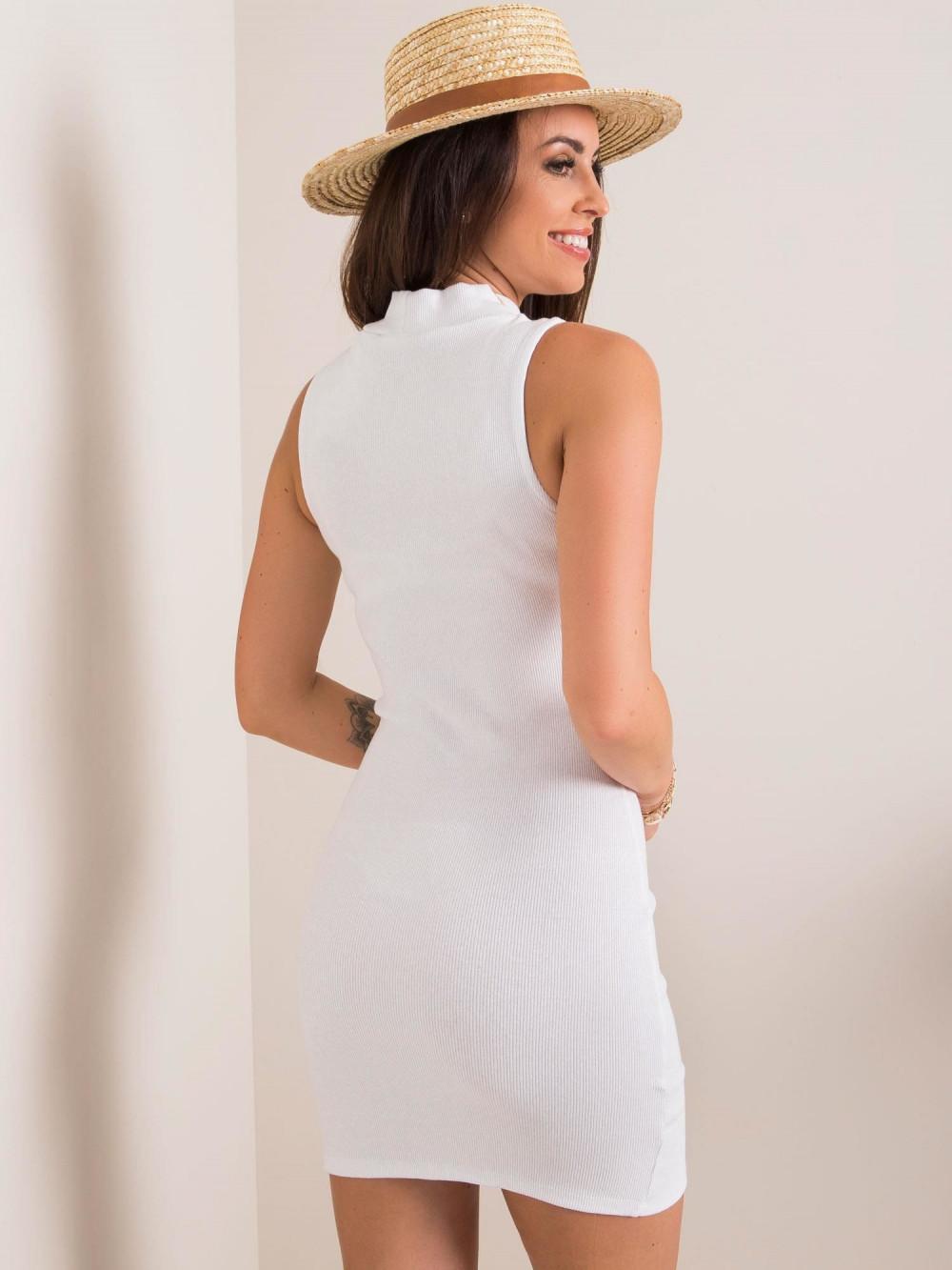 Biała sukienka z wycięciem na nodze Downey 2