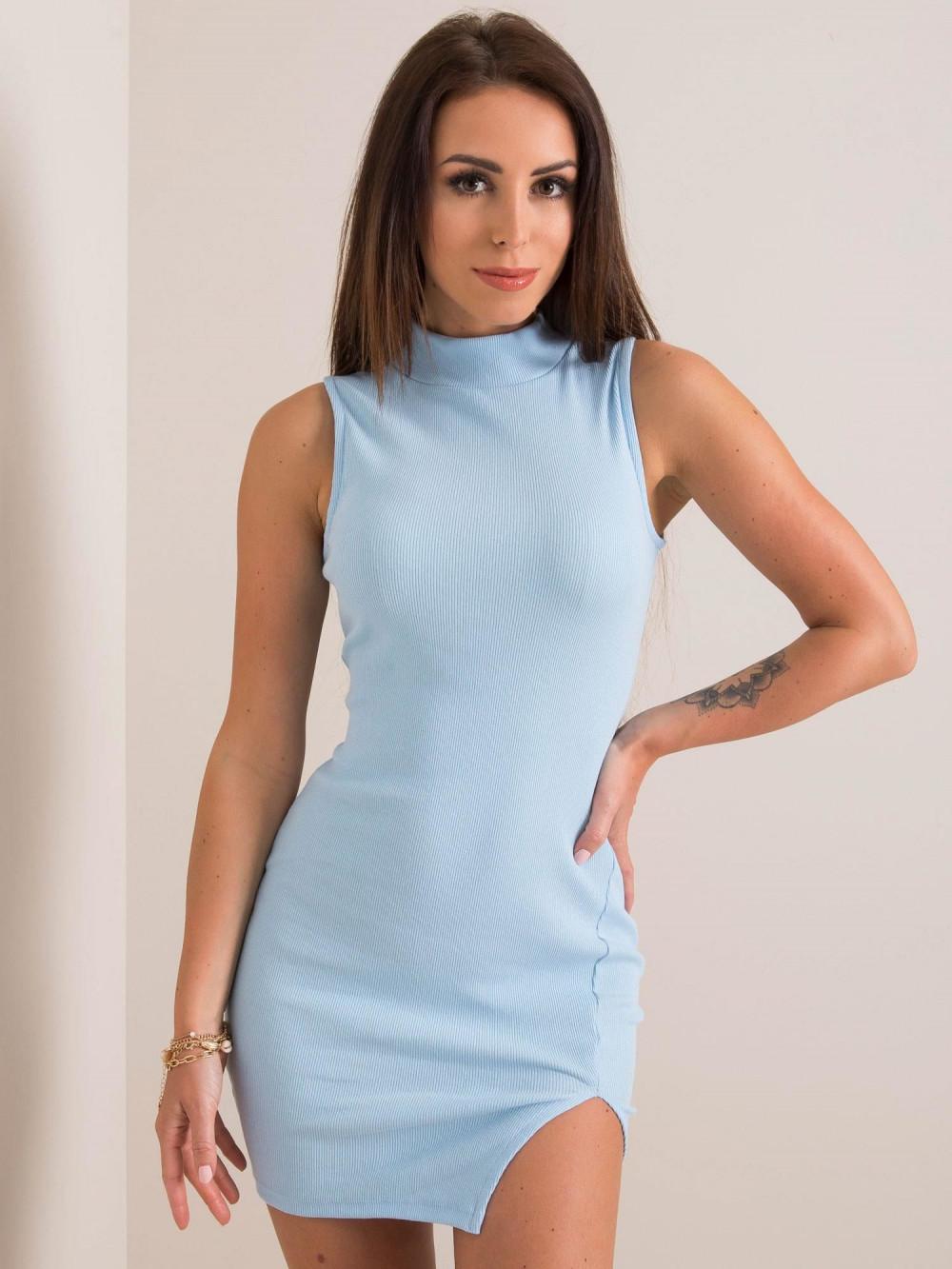 Jasnoniebieska sukienka z wycięciem na nodze Downey 1
