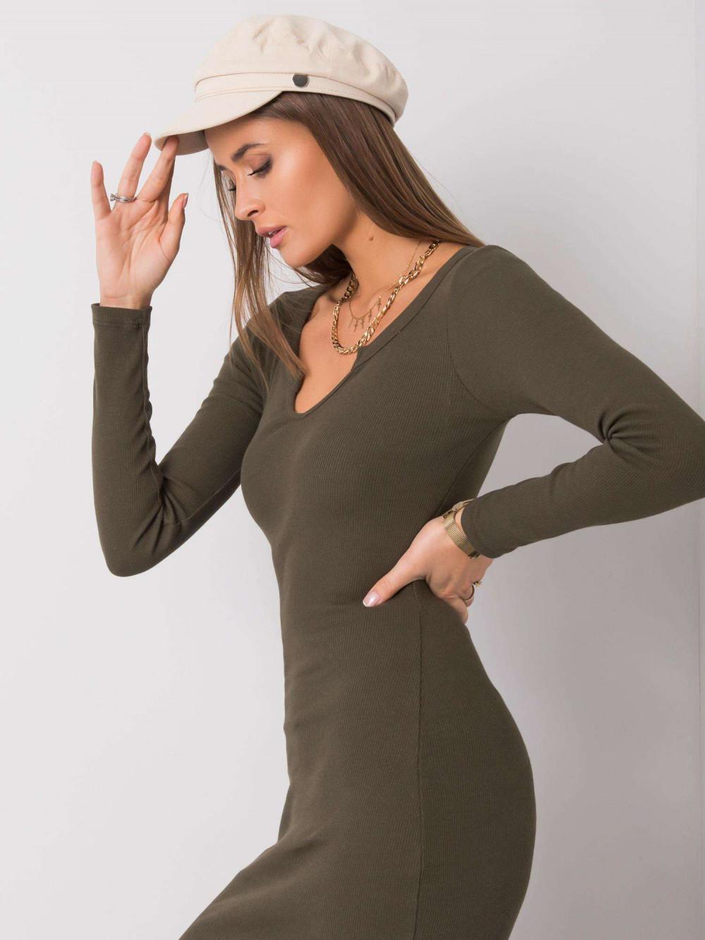 Khaki dopasowana sukienka z wycięciem na dekolcie Gilbert 4