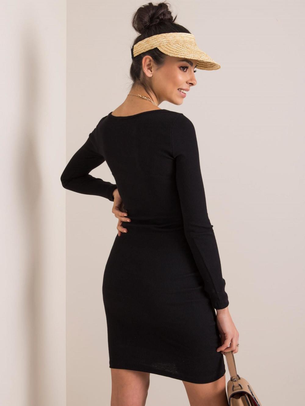Czarna dopasowana sukienka O-Neck Acera 3
