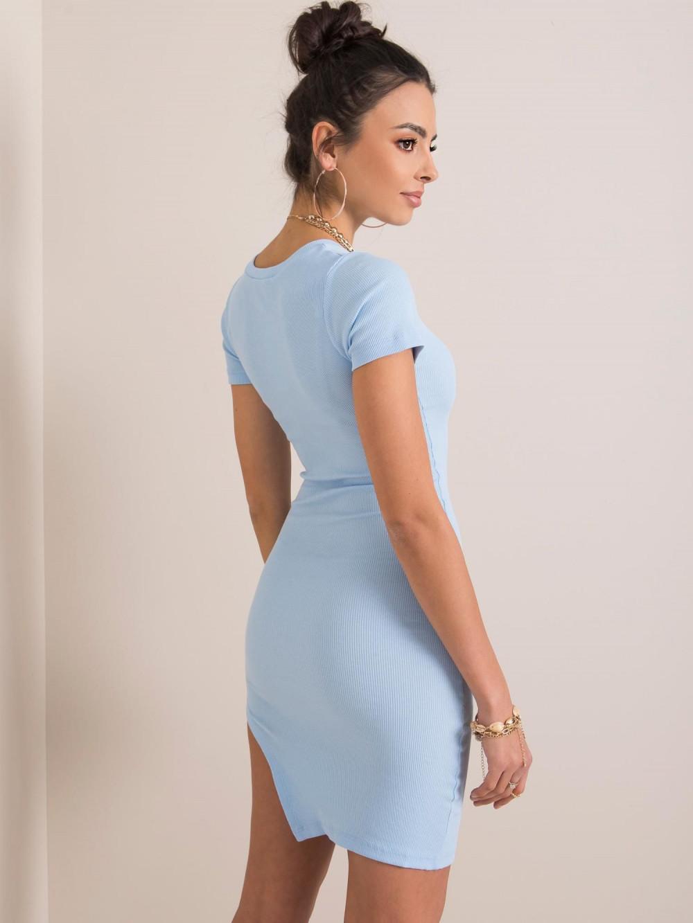 Jasnoniebieska sukienka z wycięciem na nodze Monza 3