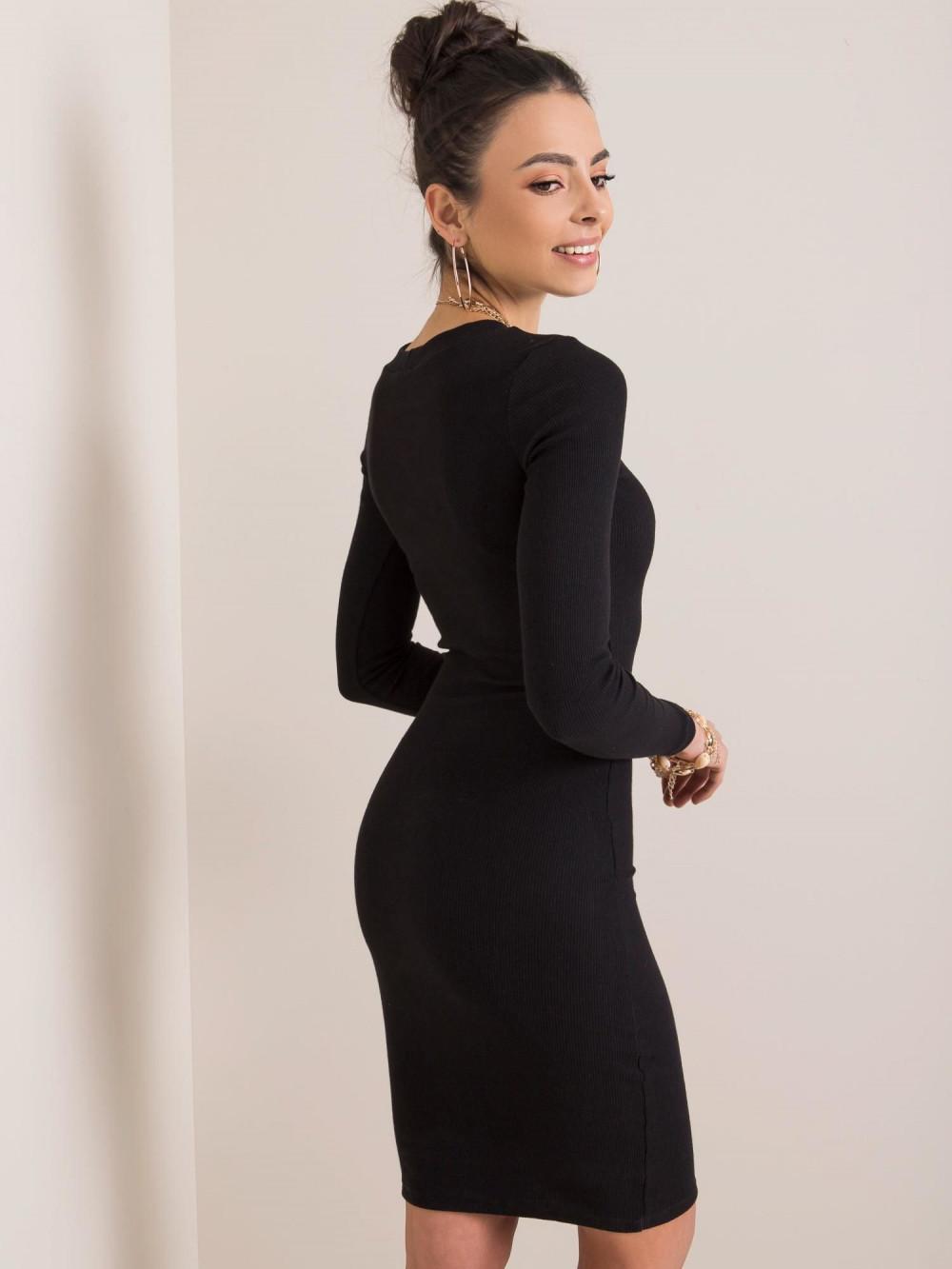 Czarna dopasowana sukienka O-Neck Lisburn 3