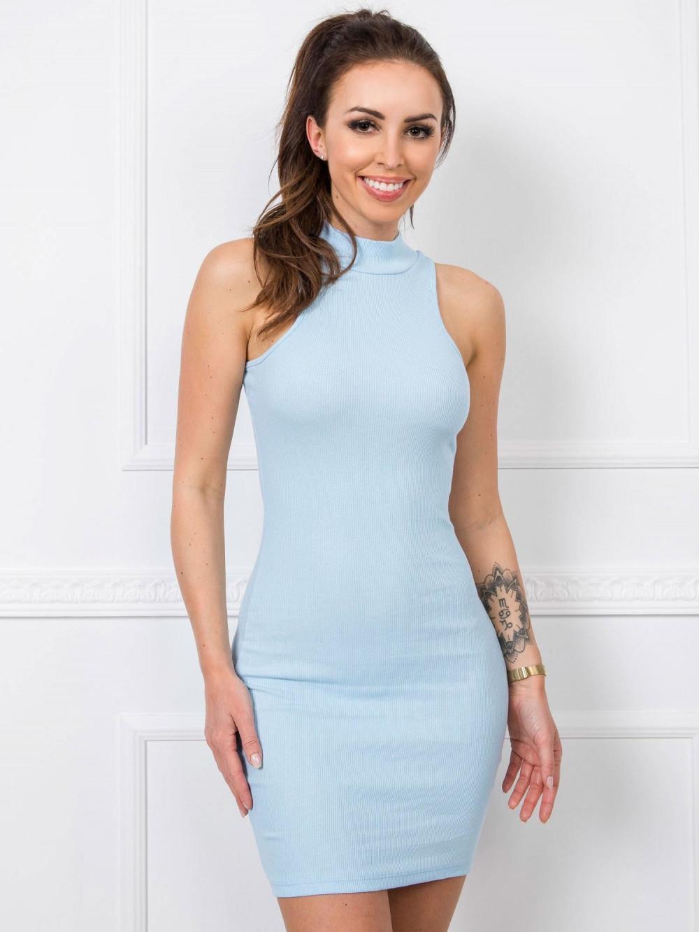 Jasnoniebieska dopasowana sukienka bez rękawów z golfem Soria 1