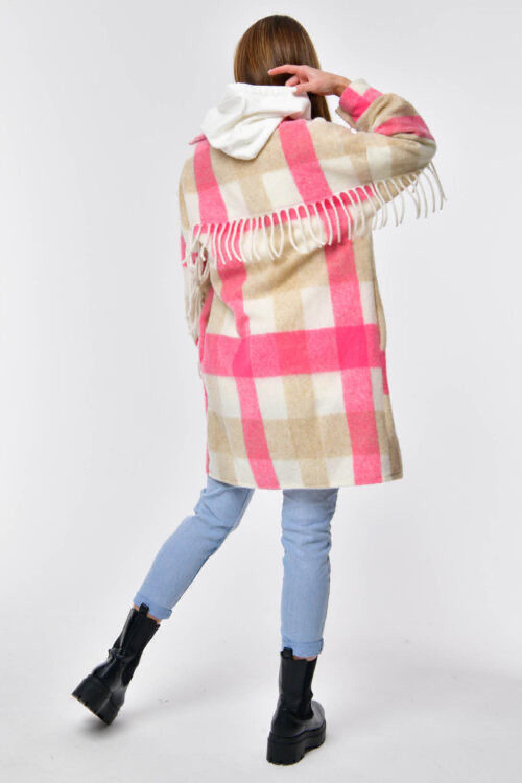 Różowo-beżowa koszula płaszczyk z frędzlami Louise 4