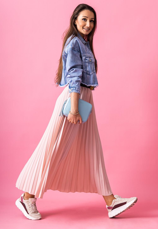 Różowa plisowana spódnica midi Kendall 3