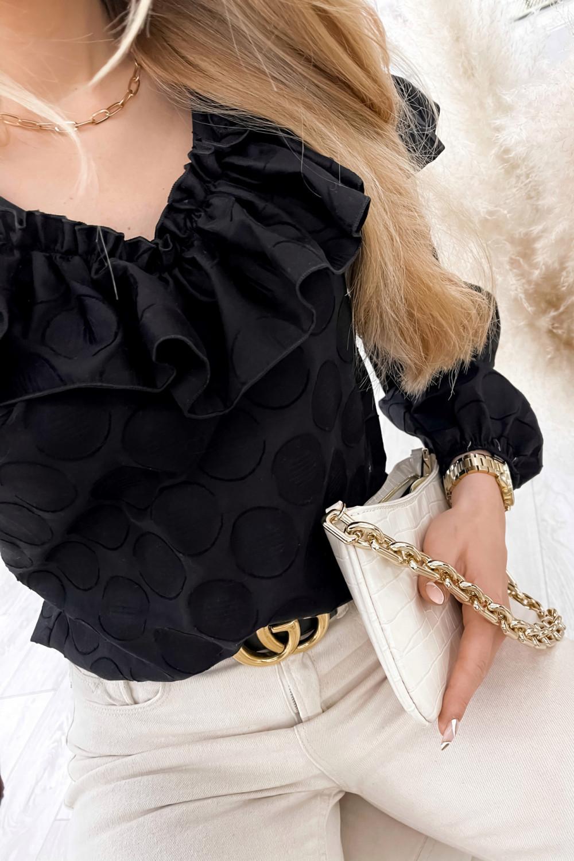 Czarna bluzka w kropki hiszpanka z falbankami Noami 2