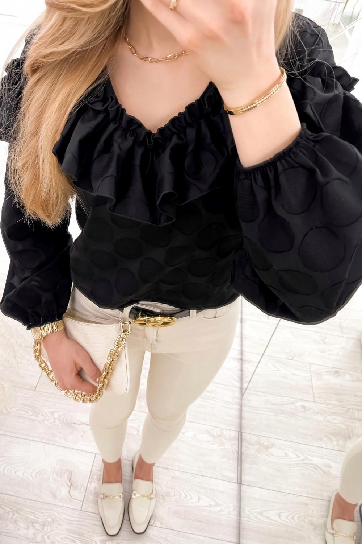 Czarna bluzka w kropki hiszpanka z falbankami Noami 4