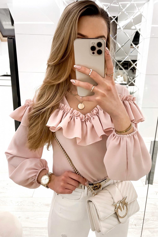 Różowa bluzka hiszpanka z falbankami Noami 1