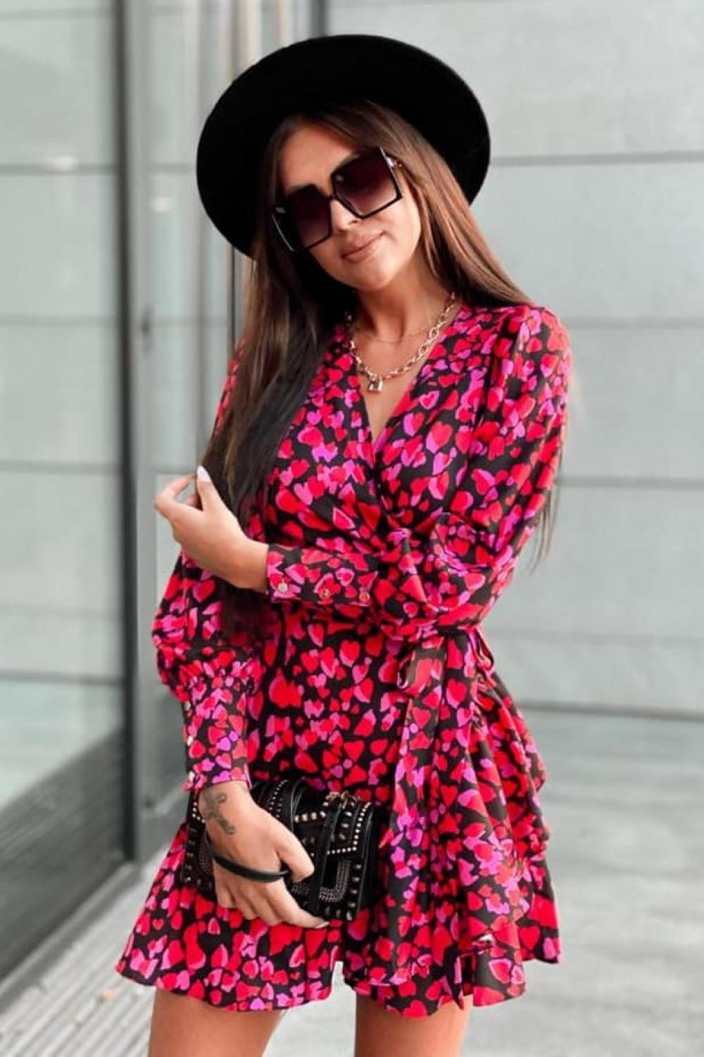 Różowa sukienka rozkloszowana w serca Lovely 4