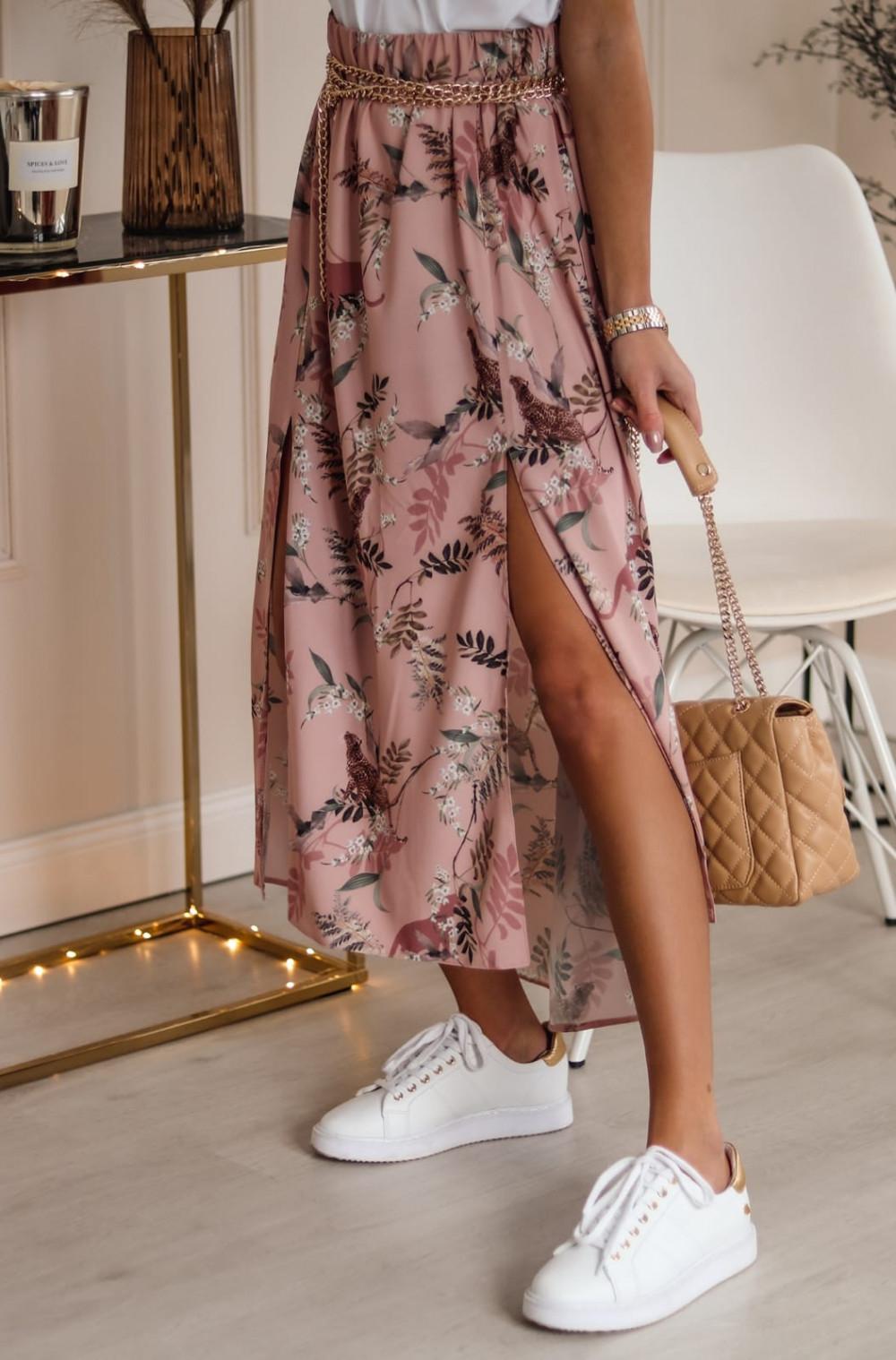 Różowa spódniczka z rozcięciem midi w kwiaty Sammy 1