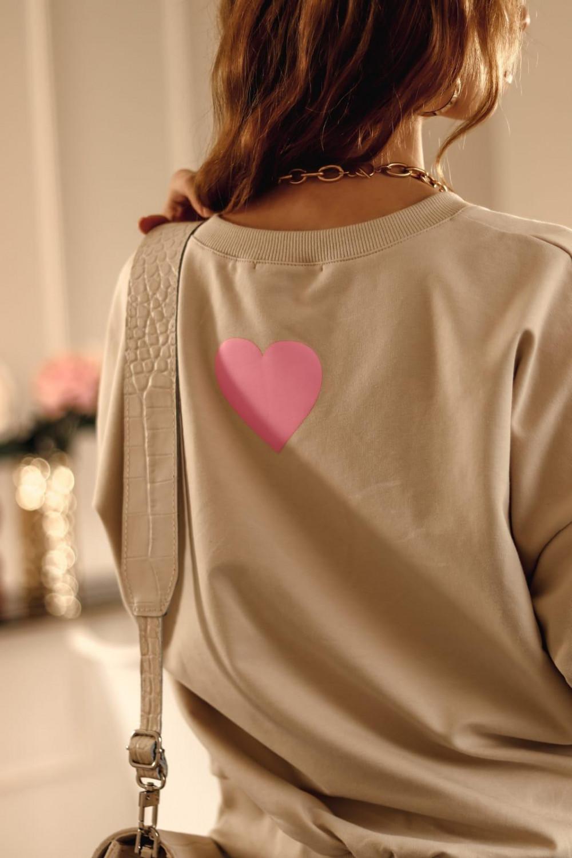 Beżowa bluza oversize z różowym sercem Hearts 5
