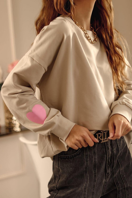 Beżowa bluza oversize z różowym sercem Hearts 2