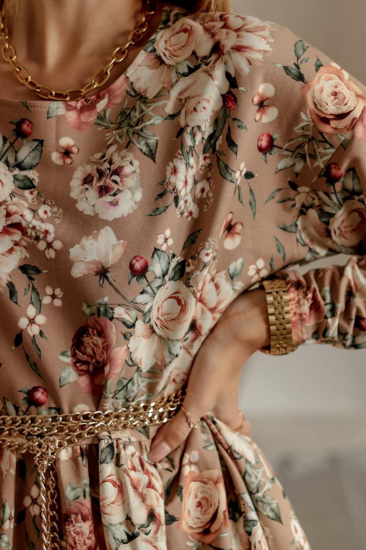 Beżowa rozkloszowana sukienka w kwiaty Delicante 2