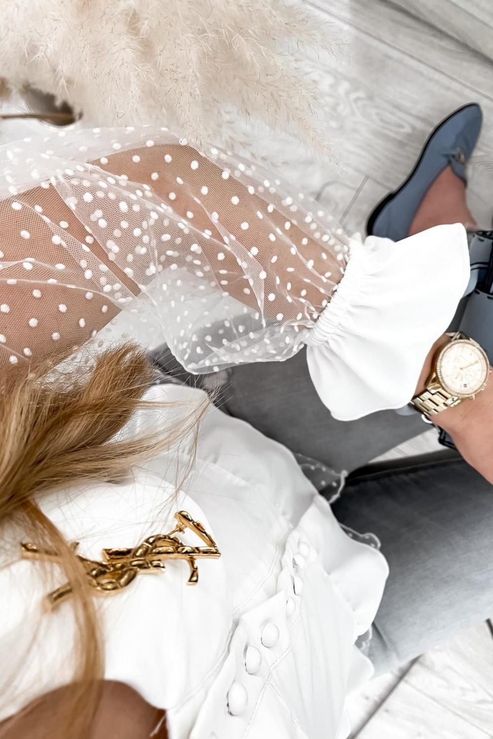 Biała gorsetowa koszula z szyfonowymi rękawami w kropki Famous 5