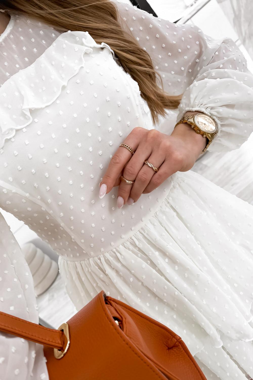 Biała sukienka rozkloszowana w kropki z bufiastymi rękawami Alices 4