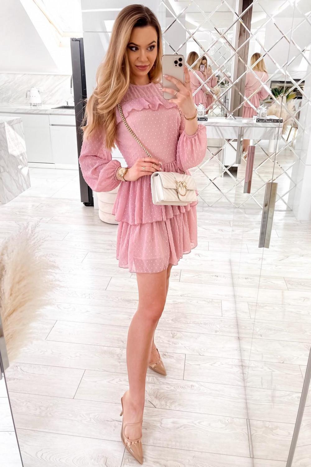 Różowa sukienka rozkloszowana w kropki z bufiastymi rękawami Alices 2