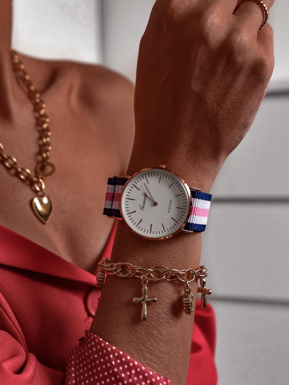 Zegarek damski klasyczny Stripes 3