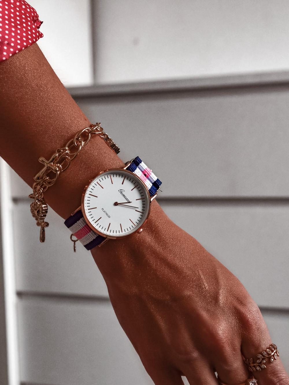 Zegarek damski klasyczny Stripes 1