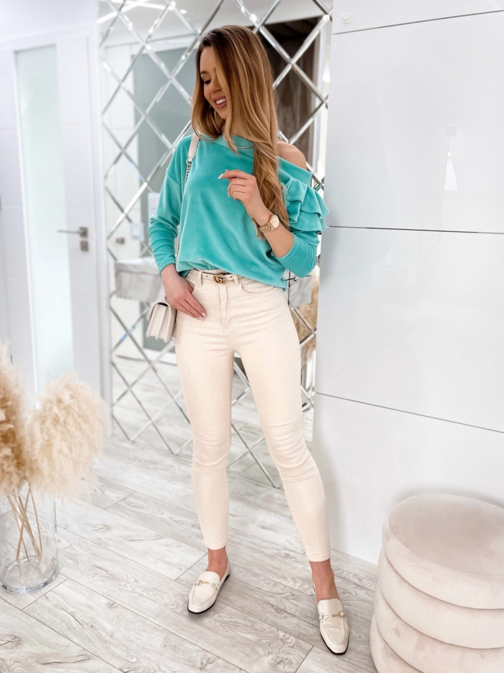 Morska bluza na jedno ramię z falbanami Jasmine 2