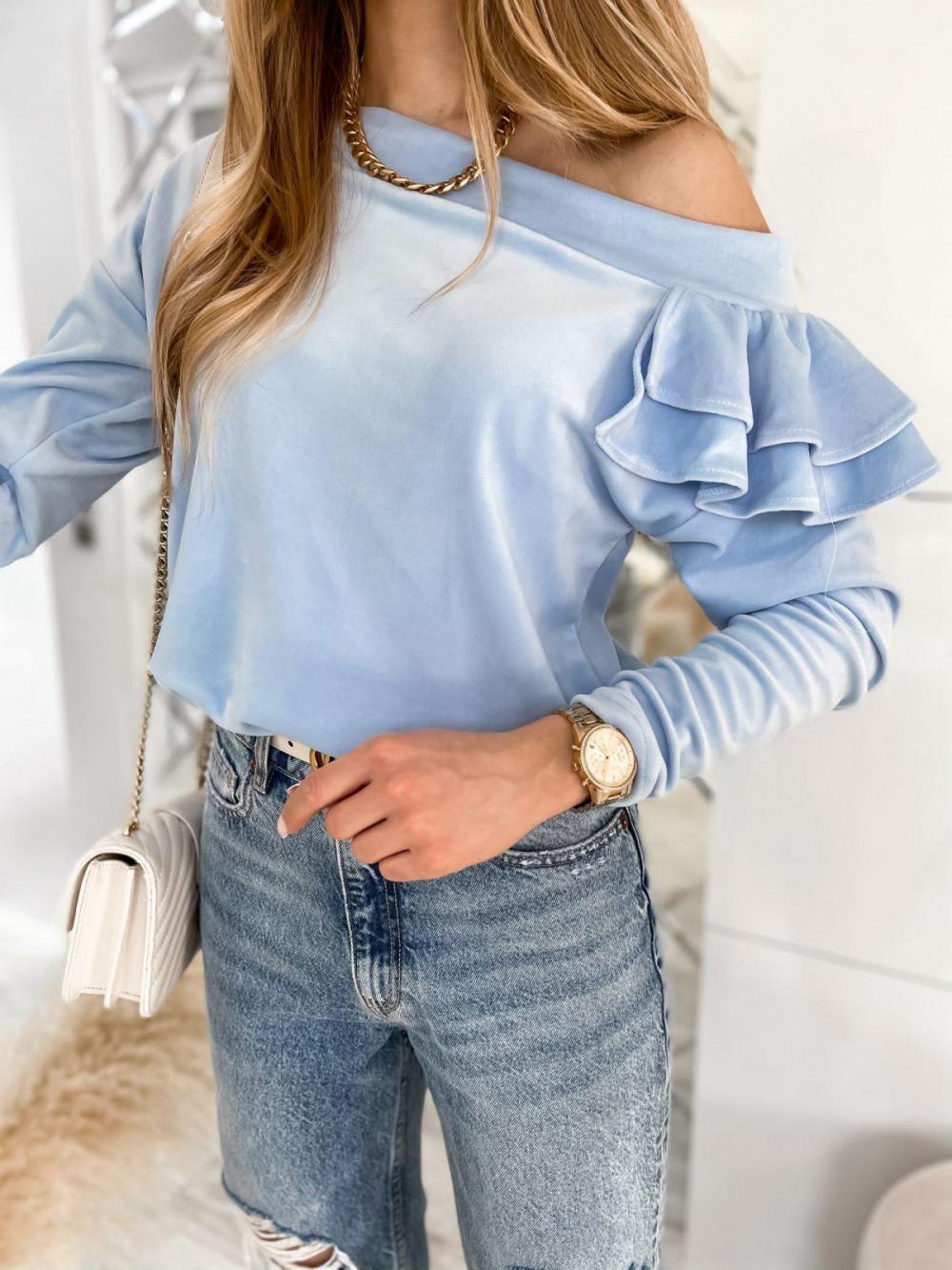 Jasnoniebieska bluza na jedno ramię z falbanami Jasmine 1