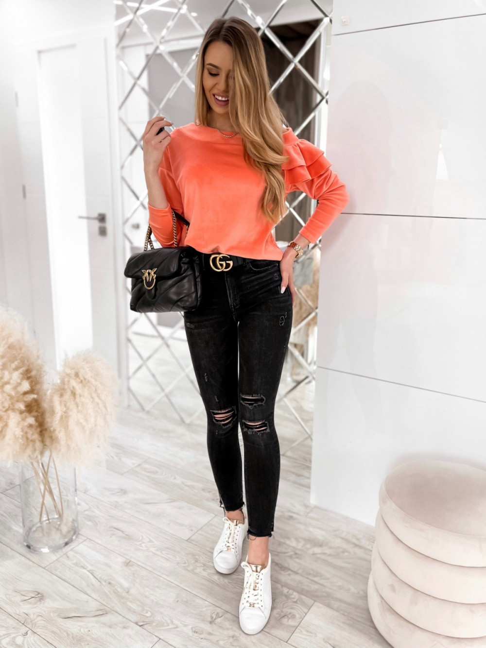 Pomarańczowa bluza na jedno ramię z falbanami Jasmine 2