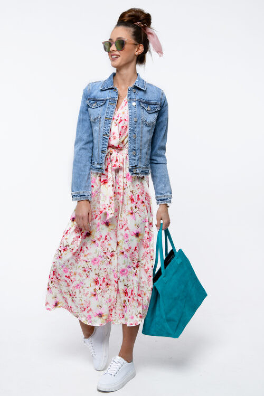 Jasnoróżowa sukienka kwiatowa midi Martina 3