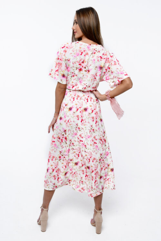 Jasnoróżowa sukienka kwiatowa midi Martina 5