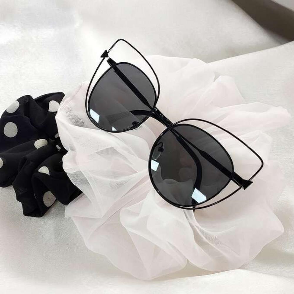 Czarne okulary przeciwsłoneczne lustrzane kocie oko Aurora 3