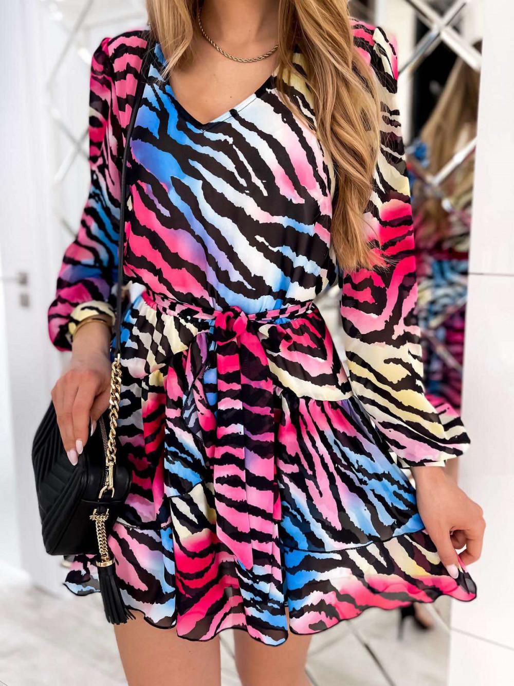 Kolorowa zeberkowa sukienka szyfonowa rozkloszowana Virgo 1