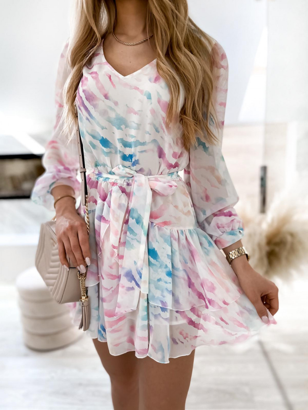 Różowo-niebieska pastelowa zeberkowa sukienka szyfonowa rozkloszowana Virgo 2