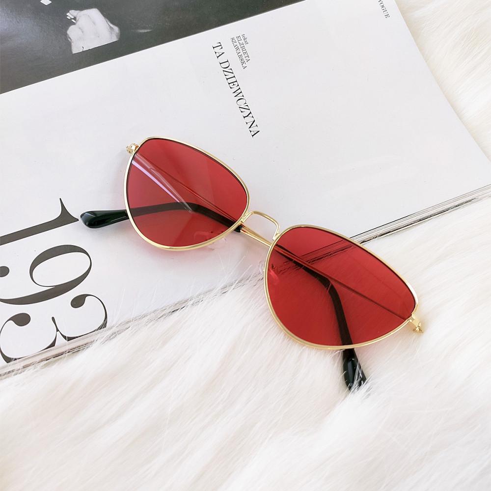 Czerwone okulary przeciwsłoneczne z złotą oprawką kocie oko Leah 4
