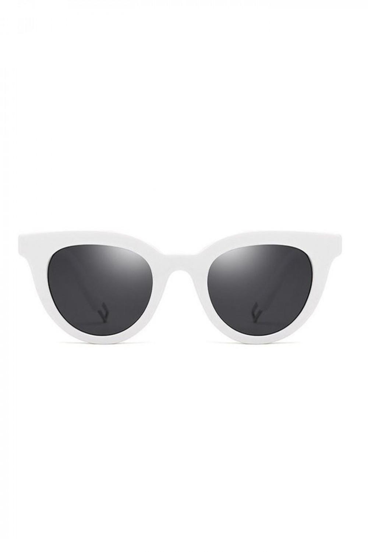 Czarne okulary przeciwsłoneczne z białą oprawką Leigh 1