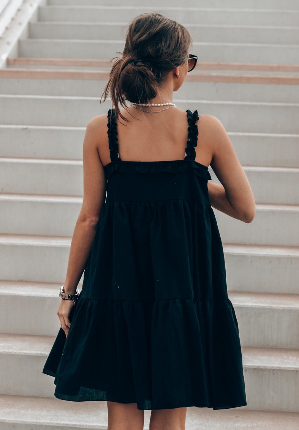 Czarna sukienka rozkloszowana z falbankami Blanca 2