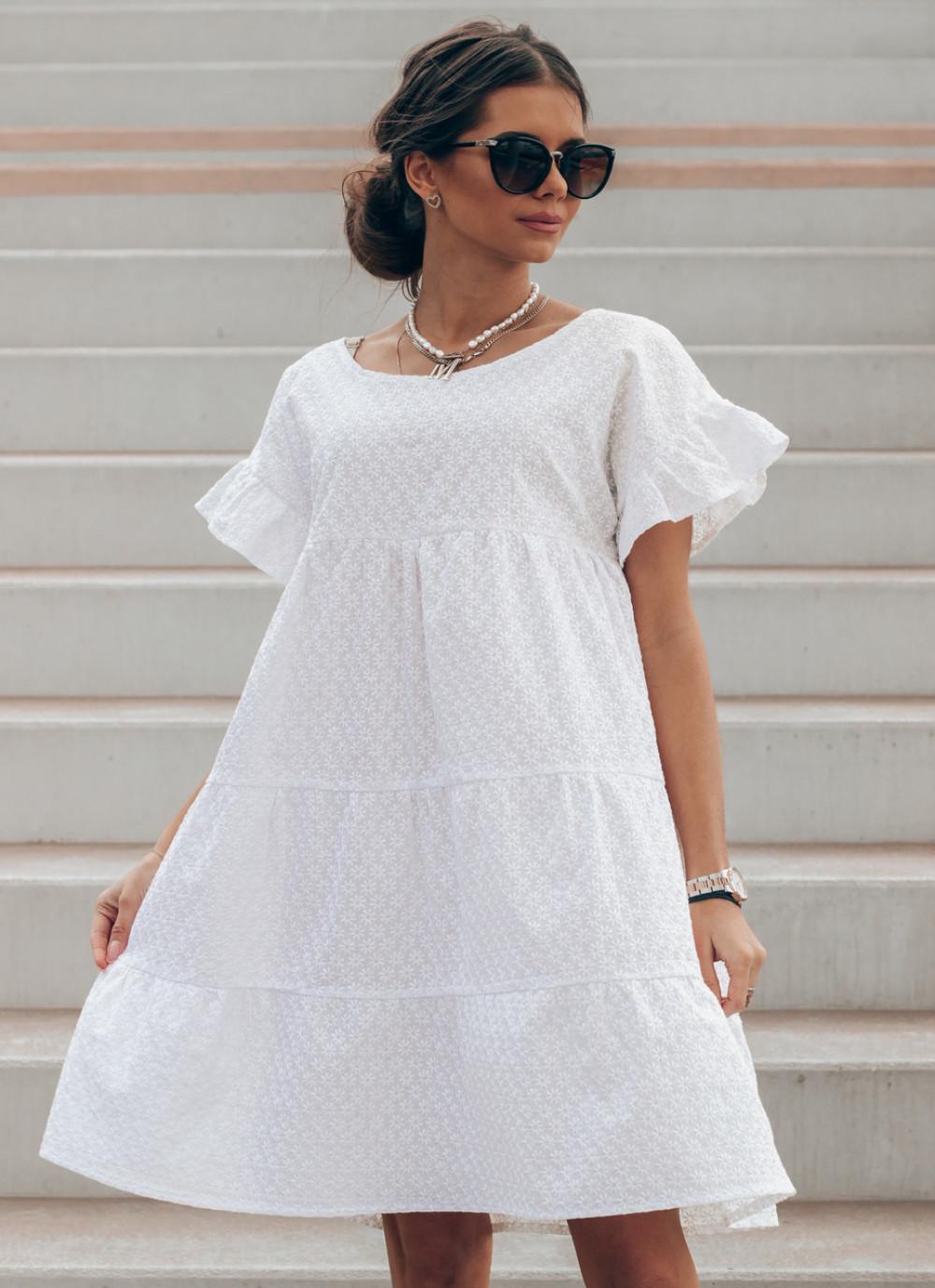 Biała sukienka haftowana oversize Melania 1