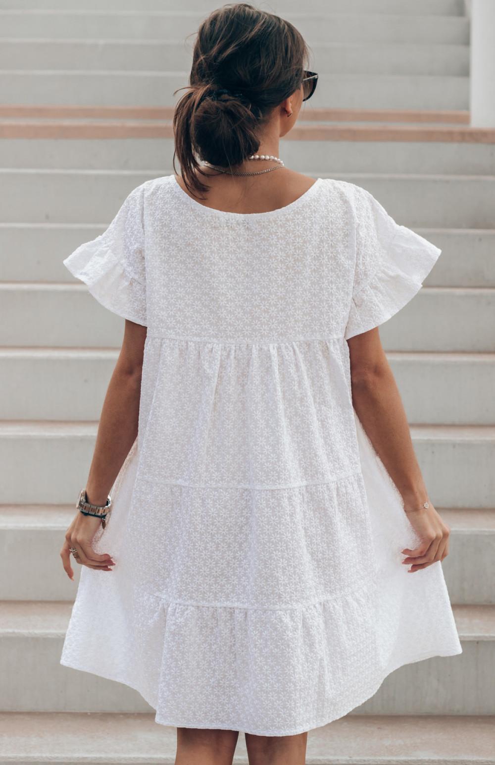 Biała sukienka haftowana oversize Melania 3