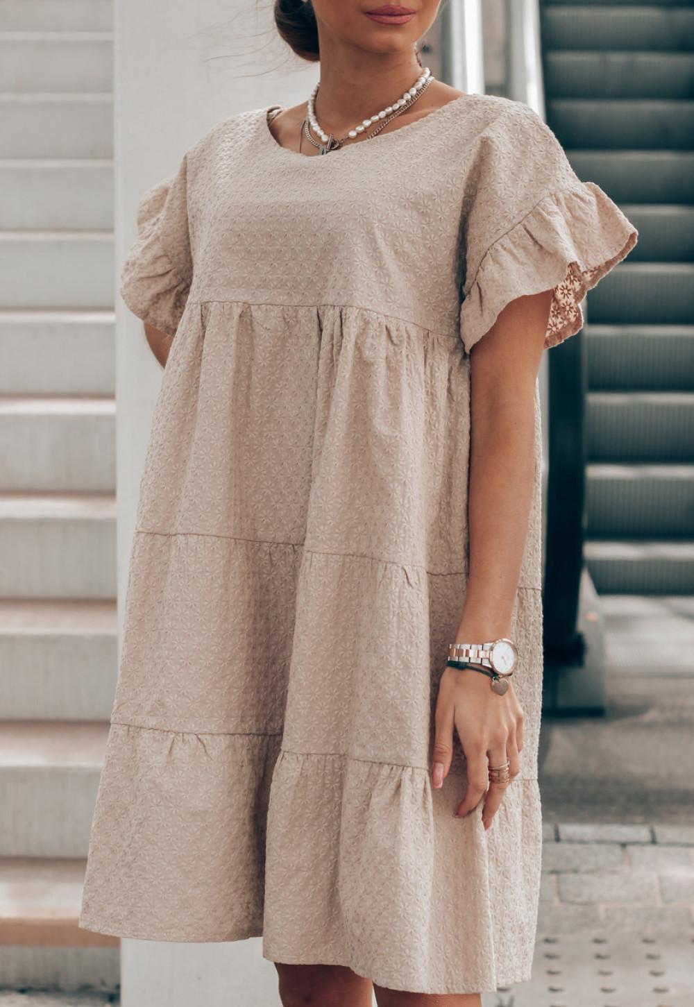 Beżowa sukienka haftowana oversize Melania 2