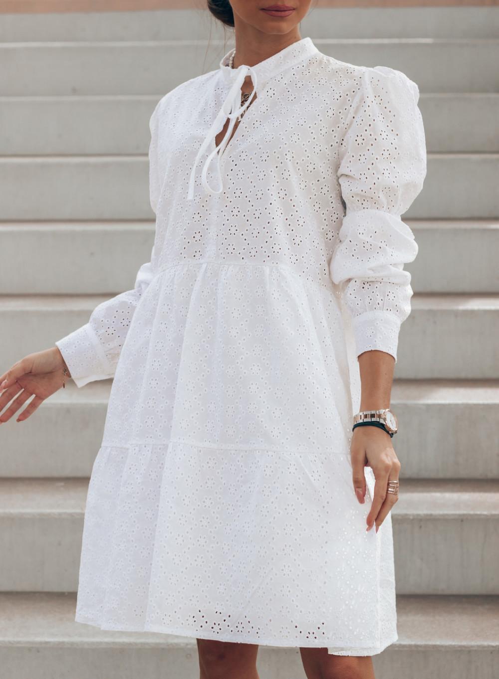 Biała ażurowa sukienka rozkloszowana Esther 2