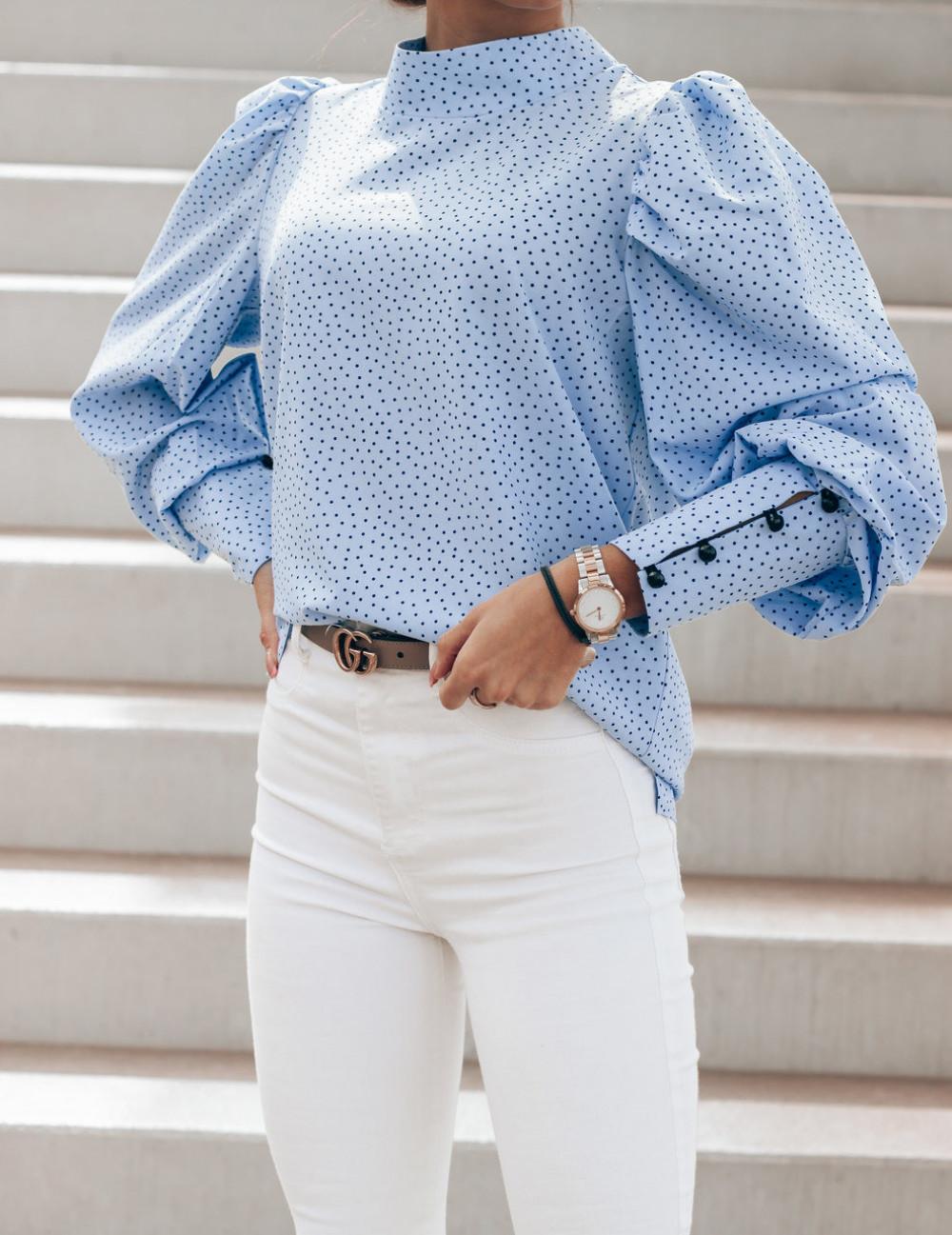 Niebieska bluzka w kropki z bufiastymi rękawami Lorena 3