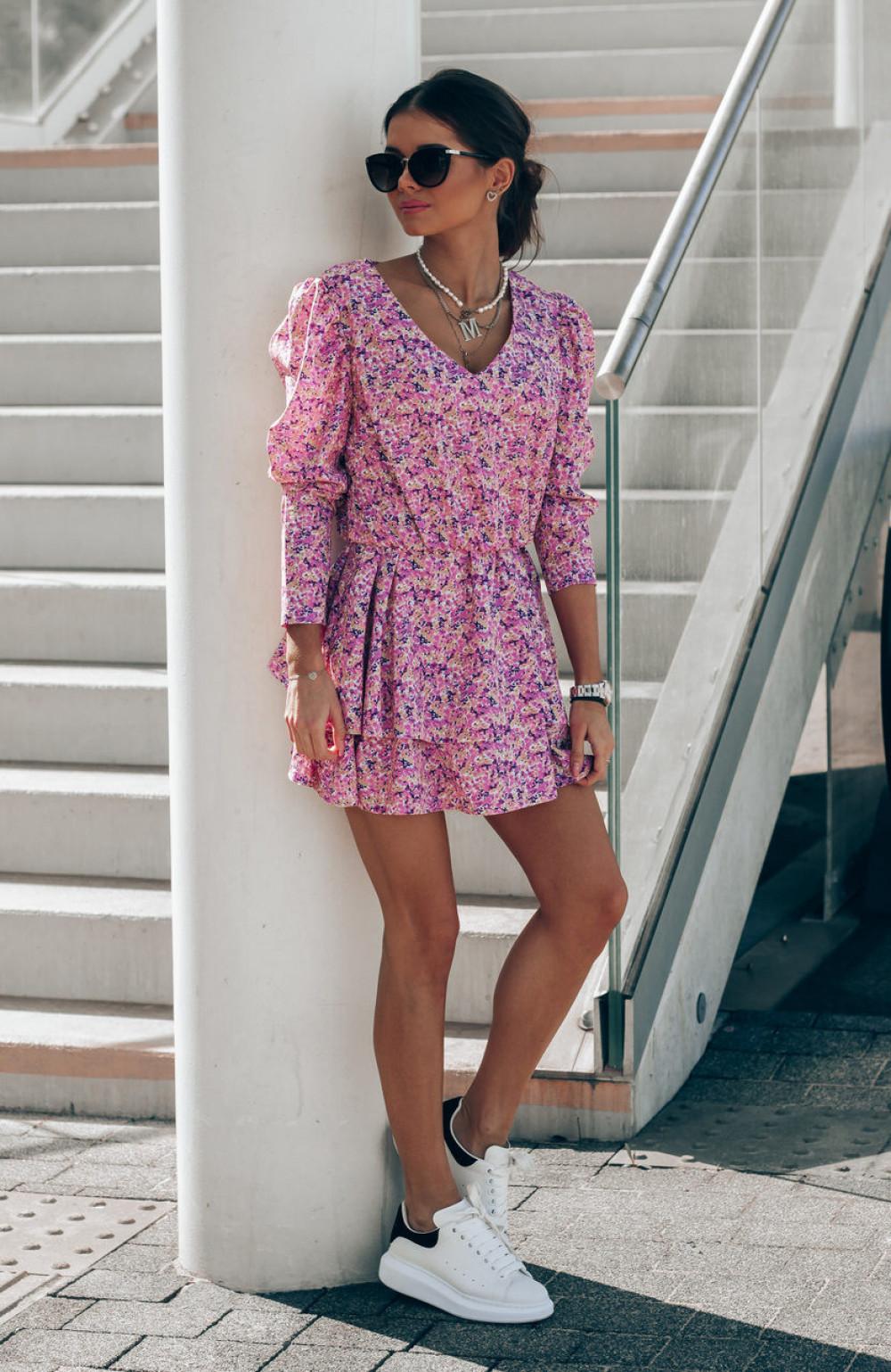 Różowa sukienka rozkloszowana V-Neck Merche 3